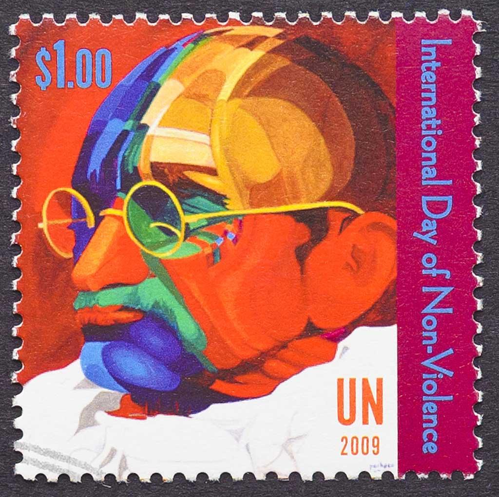 Mohandas Karamchand (Mahatma) Gandhi